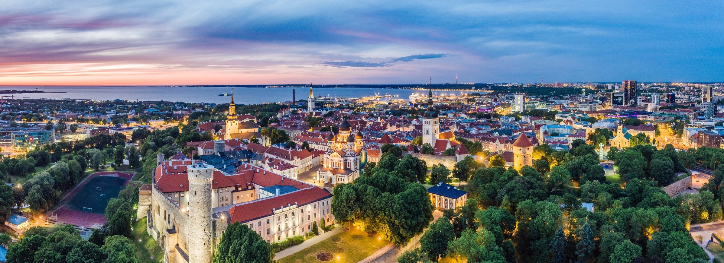 tallinn_old_town_website.jpg